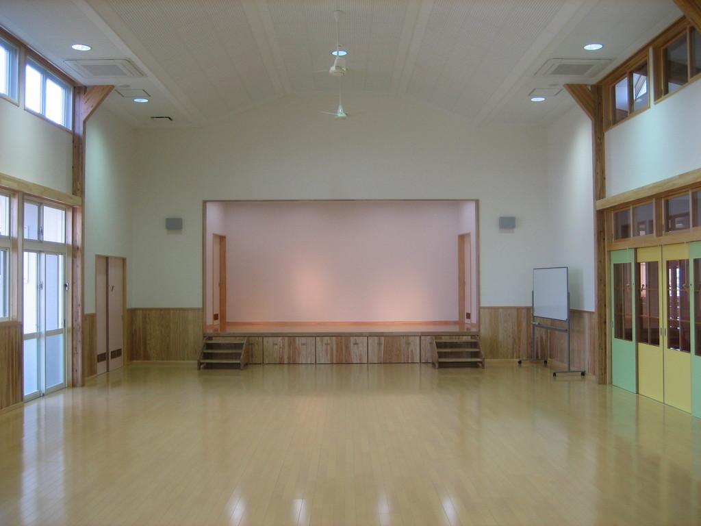 広いホール